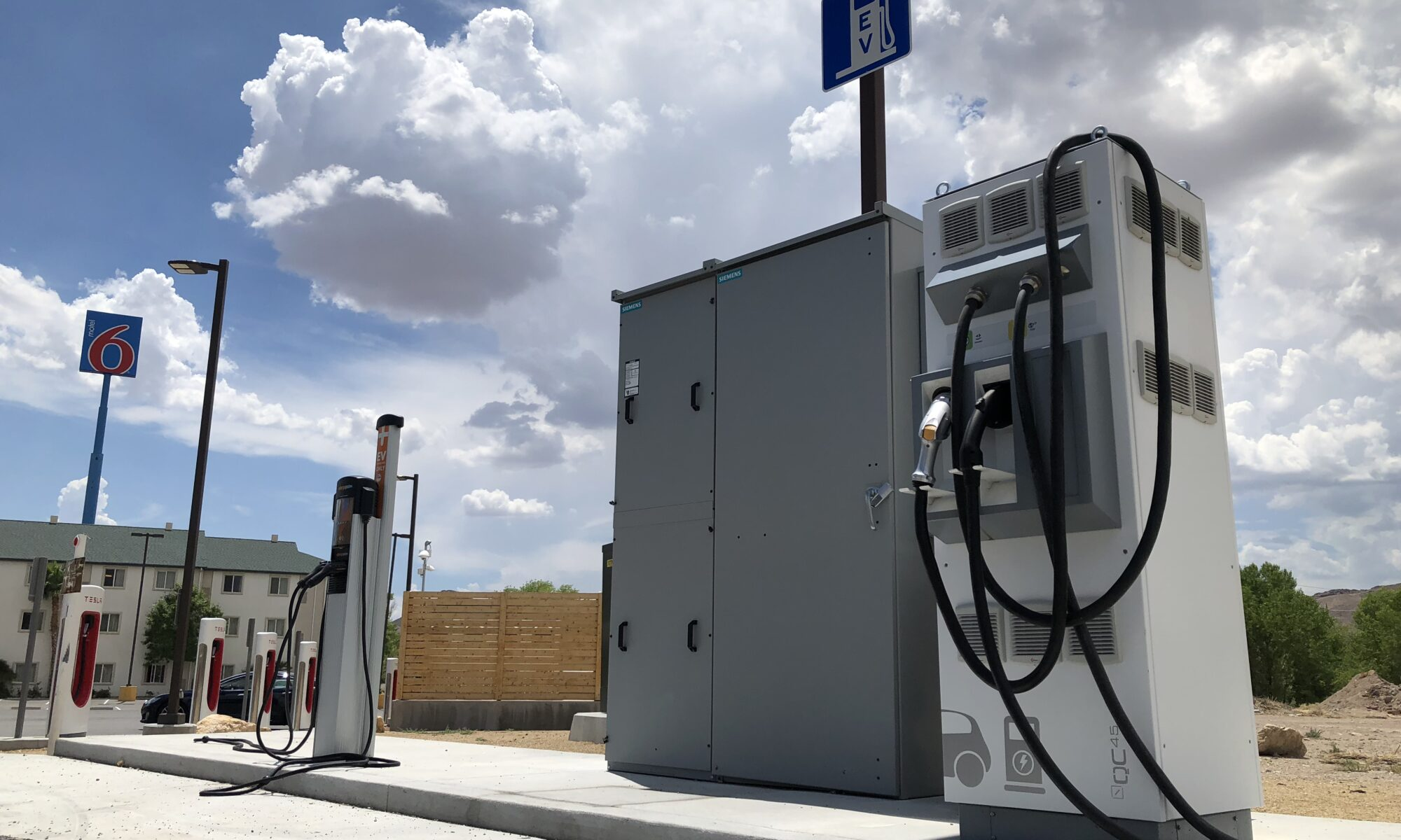 Indy Video: Electric vehicle charging station installed on highway linking Las Vegas to Southern California